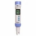 COM-100: Waterproof Professional Series EC/TDS Meter
