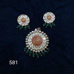 Kundan Meenakari Pendant Set
