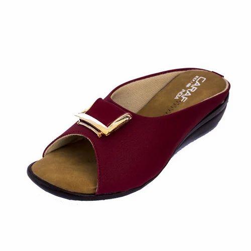 05a0a043b25f Leather Ladies Designer Peep Toe Chappal