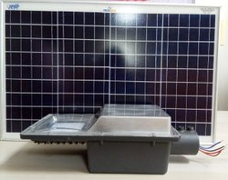 18 W Solar Street Light   15Ah li-ion battery   50Wp Solar Panel