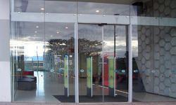 Synchro Bi-Parting Doors System