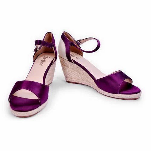 b725b0aef83 Ladies Wedge Heels Fancy Sandals