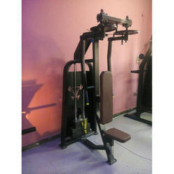 Vertical Butterfly Chest Machine
