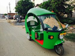 Presta Fauna Electric Rickshaw