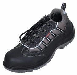 FS 62 Karam Safety Shoes
