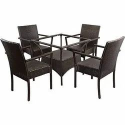 Universal Furniture Rattan and Wicker Garden Table and 4 Chairs