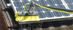 unger Solar panel cleaning bush