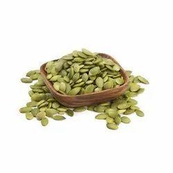 Dried Green Pumpkin Seeds Edible, Packaging Size: 25 Kg