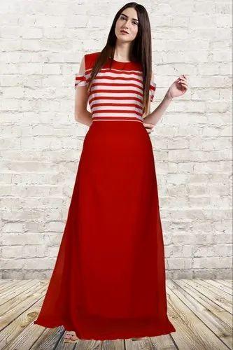 38e3560ce Ladies Designer Western Georgette Red Gown