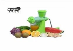 Mini Handy Fruit Juicer Making Machine