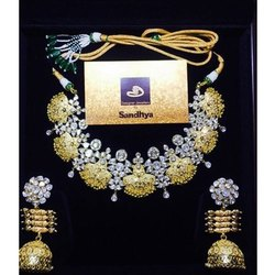 Ladies Diamond And Gold Set, Packaging Type: Box