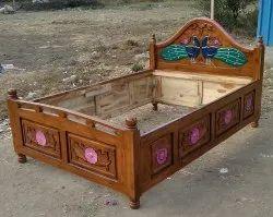 1 Sagwan Wood Wooden Bed, 4x6