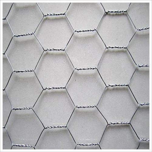 304 Stainless Steel Hexagonal Wire Mesh, Packaging Type: Roll