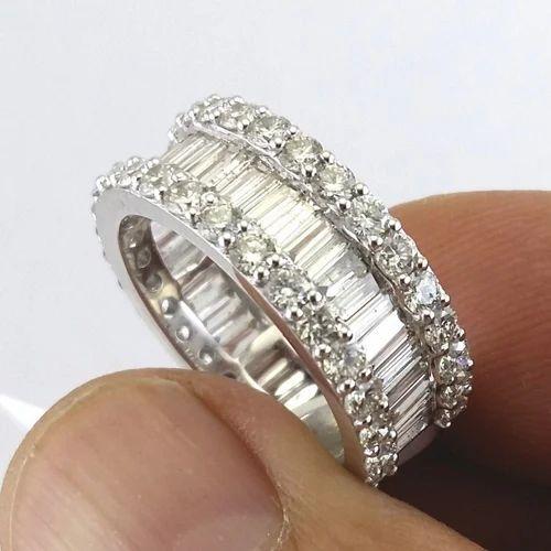 Fine Diamond Ring