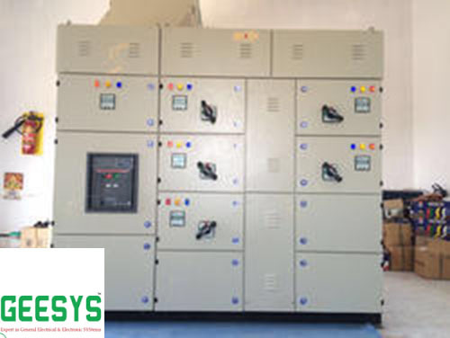 415VAC IP Rating: Ip43 Electrical LT Distribution Panel, 3-phase, 500KW
