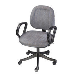 Leather Seat Revolving Office Chair, Height: 3 feet