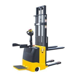 Fully Electric Pallet Stacker