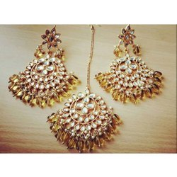Girls Wedding Kundan Imitation Earring & mangtika Set