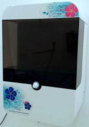 Automatic Hands Sanitizer Machine