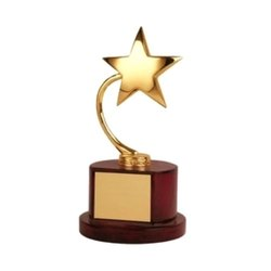 9 Golden Star Trophy