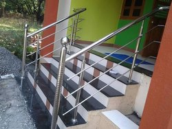 Stairs Stainless Steel Railing Fitting, Material Grade: SS304