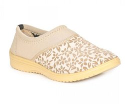 Casual Wear Printed Paragon Womens Beige Meriva Shoes, Packaging Type: Box, Size: 4
