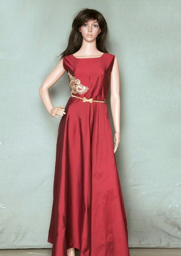 All Sizes Red Indo Western Designer Gown, Rs 710 /piece, Fashion ...