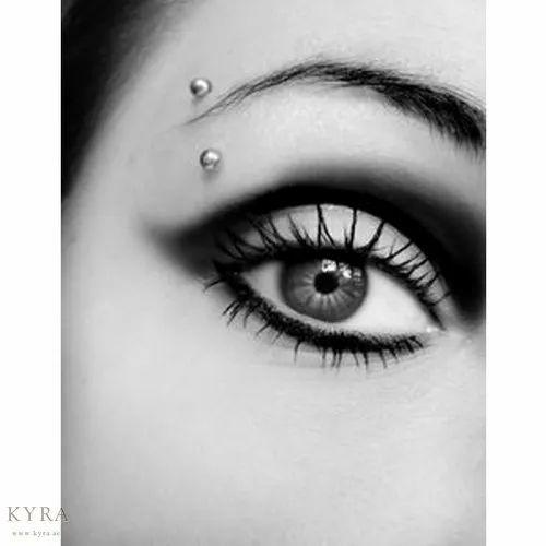 Beauty Parlour Eyebrow Piercing