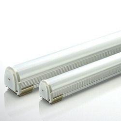18 W LED Tube Light