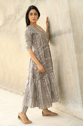 Cotton Handmade Maxi Dress With Daabu Bagru Print .