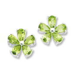 Flower Shaped Peridot Designer Silver Earring