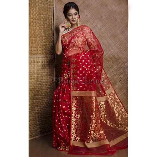 ecc785a7dbbad Beautiful Pure Handloom Muslin Jamdani Saree in Red and Gold at Rs ...