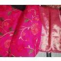 Chavi Creations 6.3 M (with Blouse Piece) Ladies Banarasi Designer Silk Saree, Packaging Type: Packet
