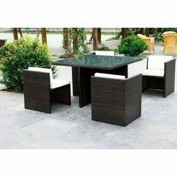 Modern Brown Rattan Corner Furniture, Seating Capacity: 4 Seater