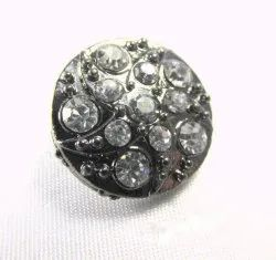 Round Fancy Metal Button, Packaging Type: Packet, for Garments