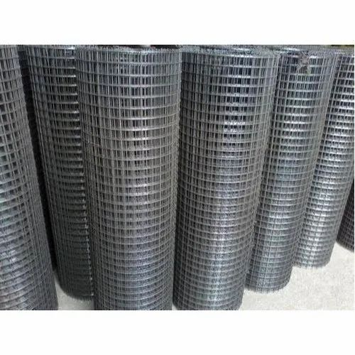 Galvanized Iron Industrial Welded Wire Mesh, Thickness: 3-5 Mm, for Used in agricultural