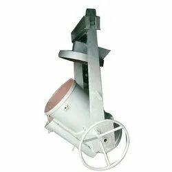 Cast Iron Treatment Ladle