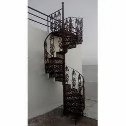 Designer Cast Iron Spiral Staircase, for Residential Area