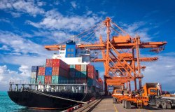 Forwarding and Shipping With Finance Facilities Service