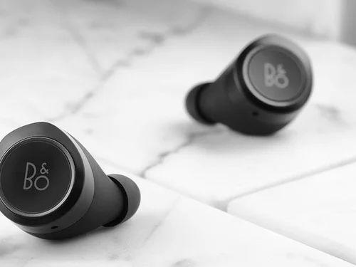 d98cf472915b9b Bang & Olufsen Beoplay E8 2.0 True Wireless Earphones Qi Charging at ...