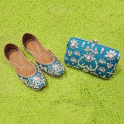 Green Designer Punjabi Jutti with Clutches