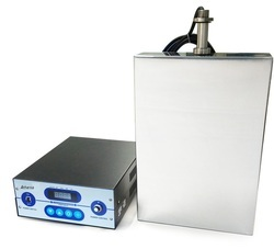 Submersible Ultrasonic Cleaner