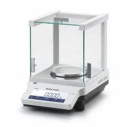 ME303 Mettler Toledo Lab Balance