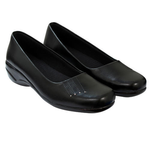 Cordwain Ladies Black Belly Shoes, Rs