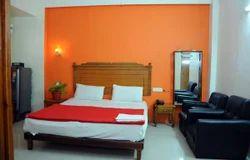 Deluxe AC Room Single Rental Service