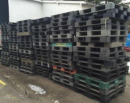 Black Used Plastic Pallets