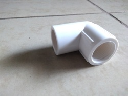 uPVC THREAD ELBOW