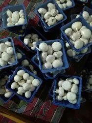Organic Pan India Fresh Button Mushroom, High Plant Protein, Packaging Size: 200gm Punnet