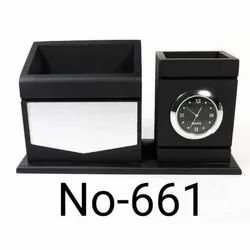 661 Wooden Rectangular Pen Stand