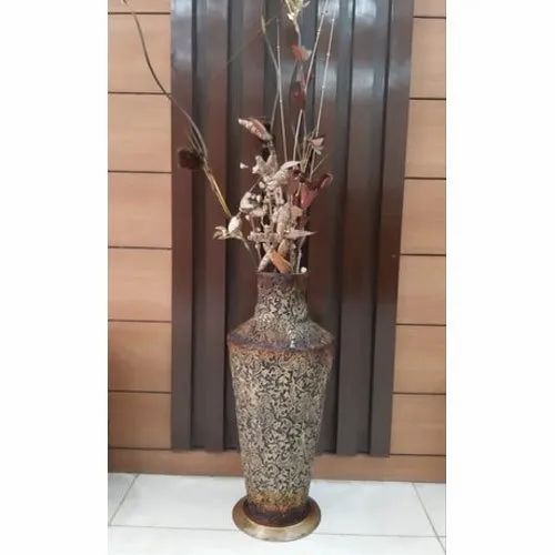 Galvanised Iron Interior Decor Flower Pot For Wall Decoration Rs 3800 Piece Id 21726650888
